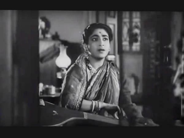 প্রয়ত অভিনেত্রী কনিকা মজুমদার