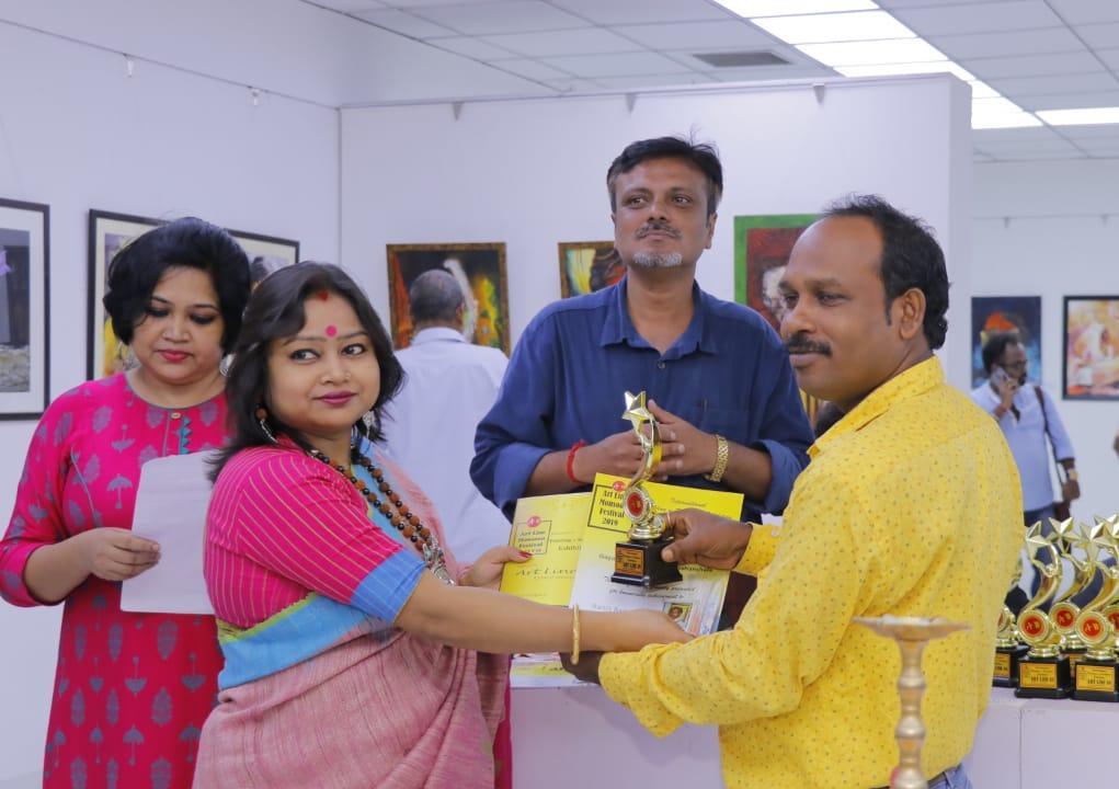 কলকাতার গগোনেন্দ্র শিল্প প্রদর্শনালয়ে চলছে আর্ট লাইন-18 এর বর্ষা উৎসব