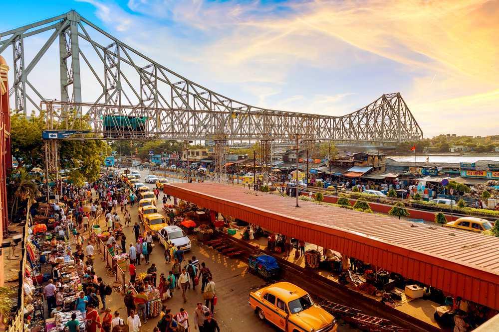 কলকাতা সহ গোটা দেশের মোট ৭৫টি জেলায় লকডাউন