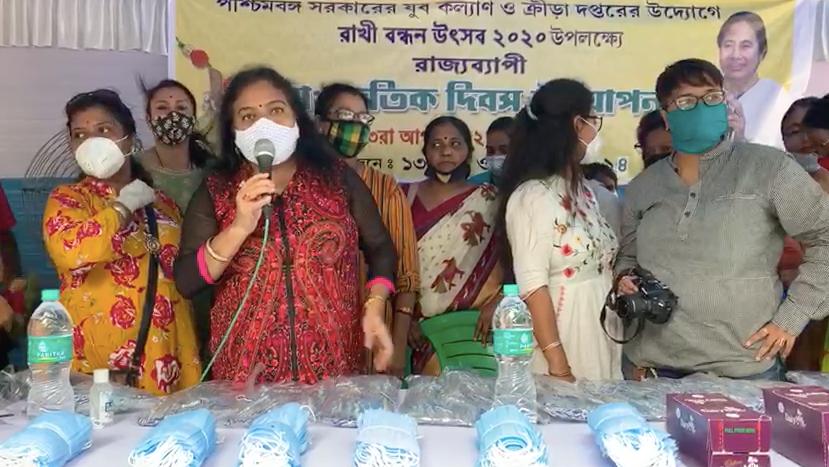 রাখি বন্ধন উৎসব উদযাপন করলেন রত্না চট্টোপাধ্যায়
