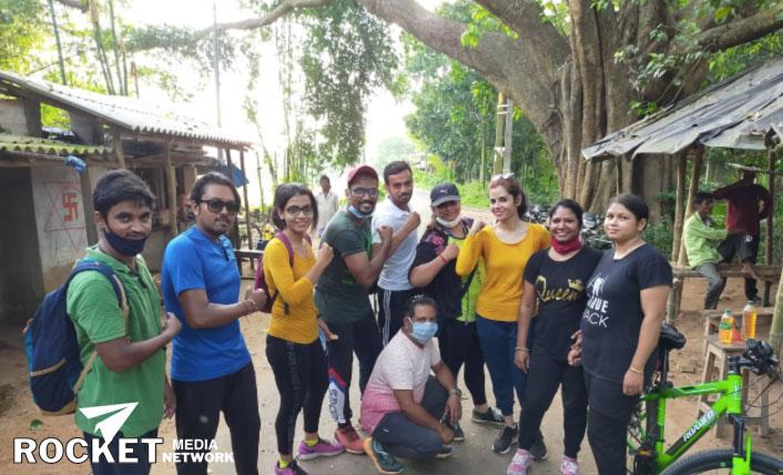 West Medinipur Cyclers Club এর উদ্যোগে আজ কনকাবতী ও বাঁধী এলাকায় মাস্ক ও সাবান বিতরণ